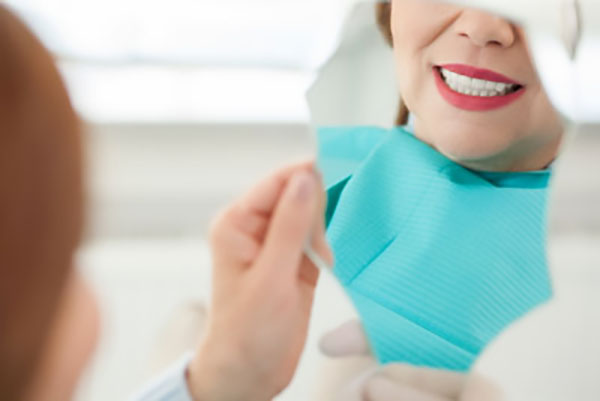 What To Do If Dental Veneers Pop Off